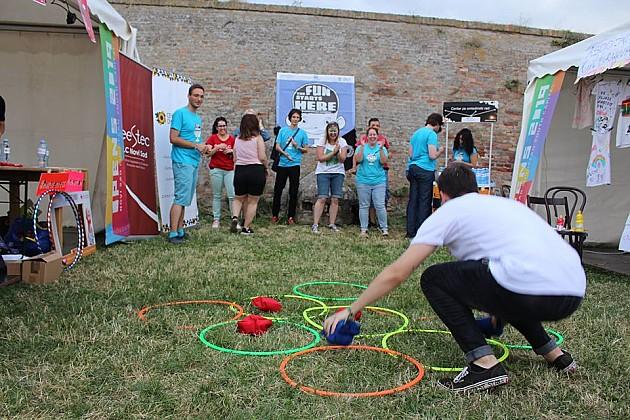 Centar za omladinski rad traži volontere/ke