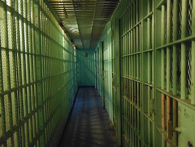 Osamnaest godina zatvora za ubistvo roditelja u Sremskim Karlovcima