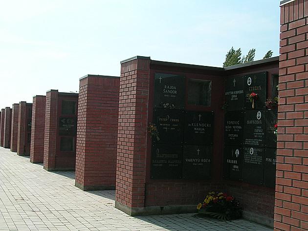 Prevoz posetilaca unutar groblja