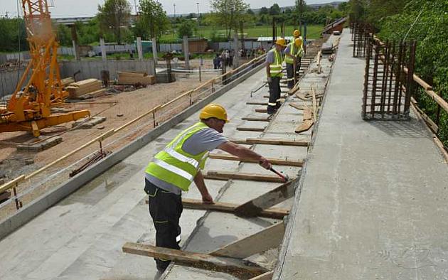 Gradnja sportske hale u Petrovaradinu produžena do aprila