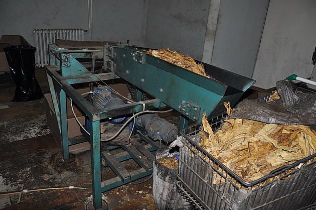 Zaplenjeno 3,2 tone duvana