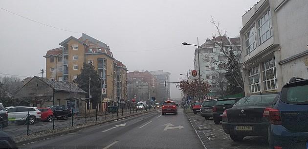 Dva nova semafora u ulici Novosadskog sajma