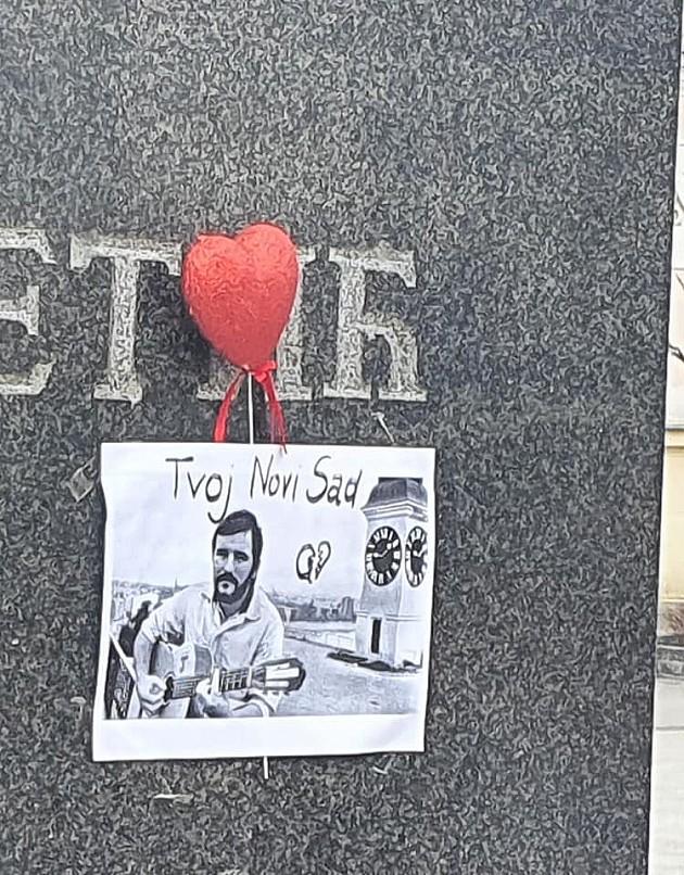 Danas sahrana Balaševića, Dan žalosti u Novom Sadu