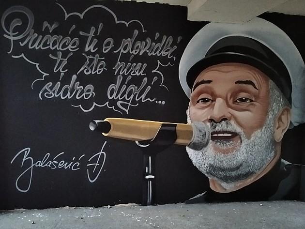 Đorđe Balašević dobio mural na Limanu