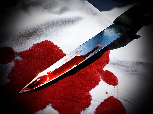 Zabio ženi nož u vrat