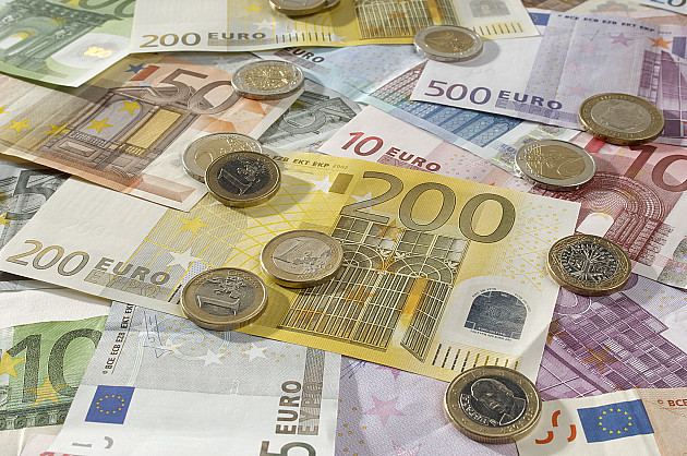 Skoro 73 miliona dinara prebacila na svoje račune iz kase novosadske NSZ