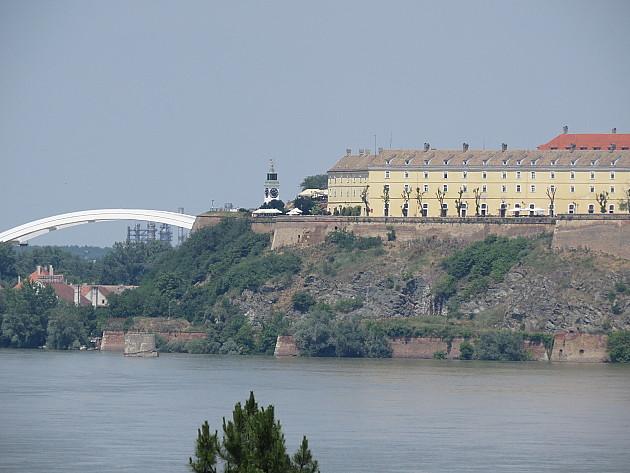Rečna mina izronila iz Dunava kod Šangaja