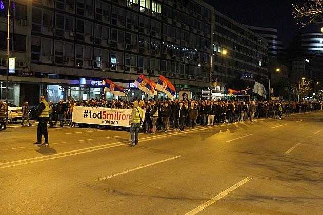 Na protestu 1 od 5 miliona ponovljeni zahtevi o ostavkama Aleksandra Vučića, Ane Brnabić i Maje Gojković