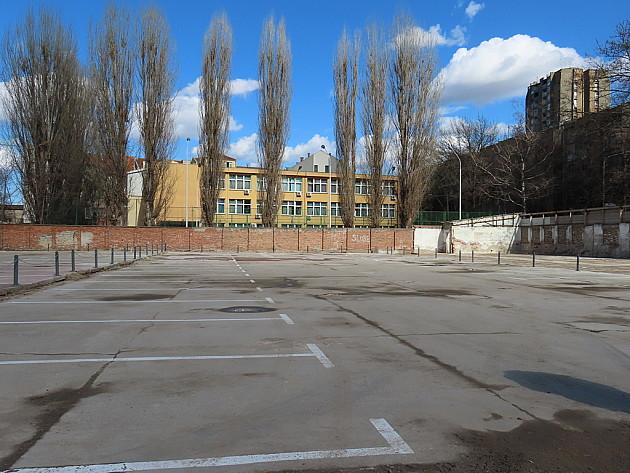 Privremeno parkiralište na Podbari