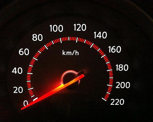 Prošle sedmice 96 saobraćajki, najviše zbog brze vožnje