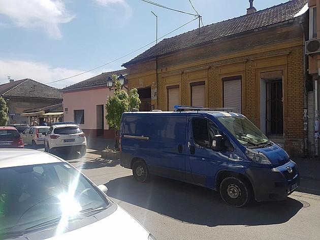 Investitor sa poternice upucan u glavu u centru Novog Sada