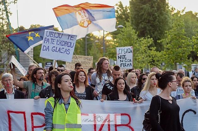 Protesti u NS na pauzi, 1. maja veliki protest u Beogradu