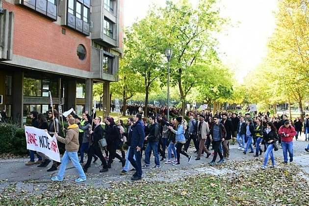 Novi protesti protiv diktature