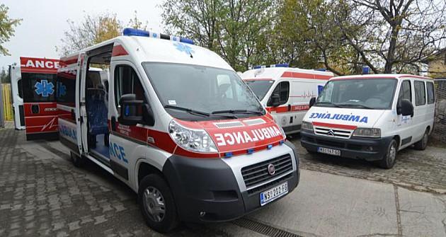 Požar u kući na Sajlovu, u njoj pronađen muškarac uboden u grudi