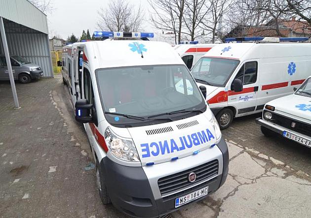 Devojčica, dve žene i dva muškarca povređeni u jučerašnjim saobraćajnim nezgodama