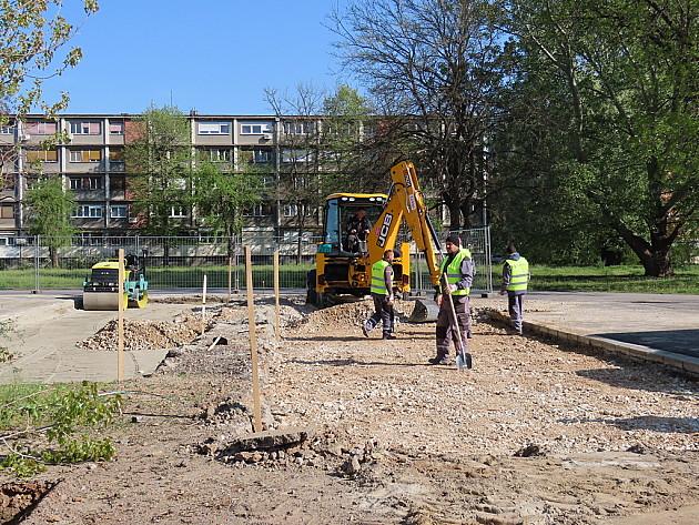 Nastavljena izgradnja parkinga kod Štranda