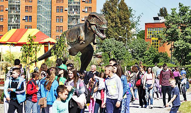 """""""Dino coolTURA!"""" za vikend u Dino parku"""