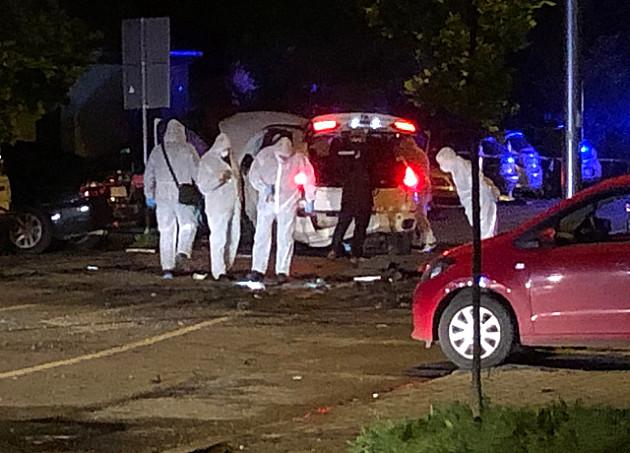 Eksplodirao BMW na Detelinari, povređen bivši policajac