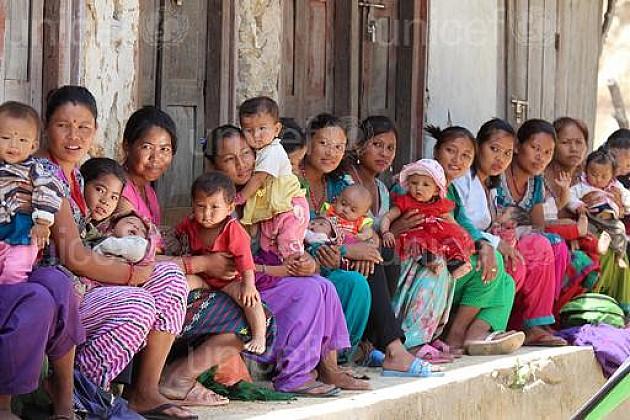 """Pomoć za bebe Nepala uz račune """"Informatike"""""""