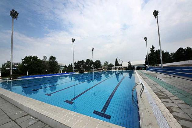 """Rekreativni programi na otvorenim bazenima SC """"Sajmište"""""""