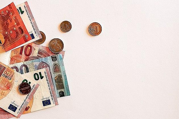 U ponoć ističe rok za prijavljivanje za 100 evra