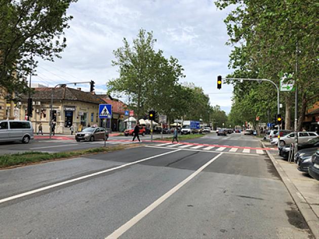 Počeo sa radom novi semafor u Jevrejskoj ulici