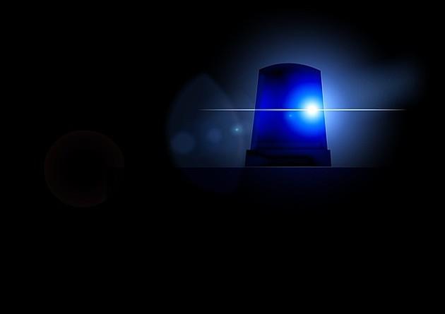 Beočinac se zaključao u stan sa suprugom i detetom i pretio da će da baci bombu