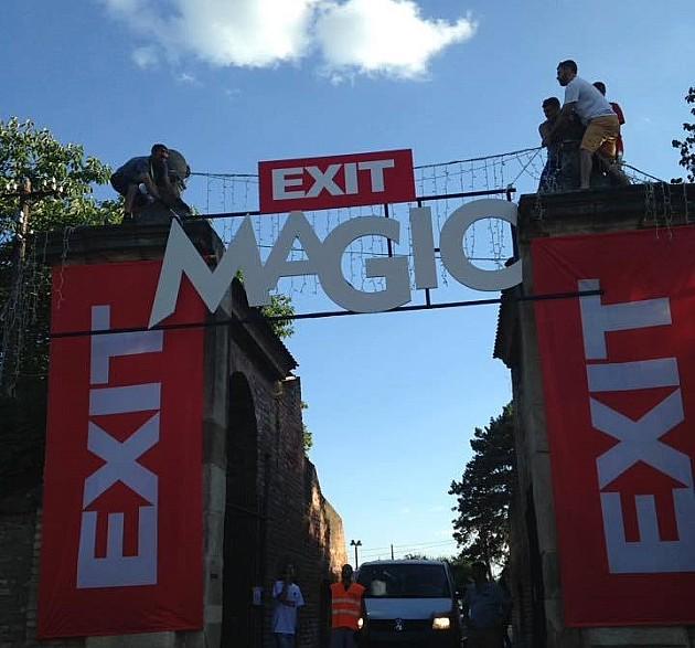 Počeo Exit