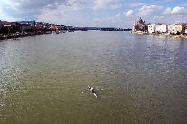 Učesnici najduže rečne regate na svetu stižu u Novi Sad