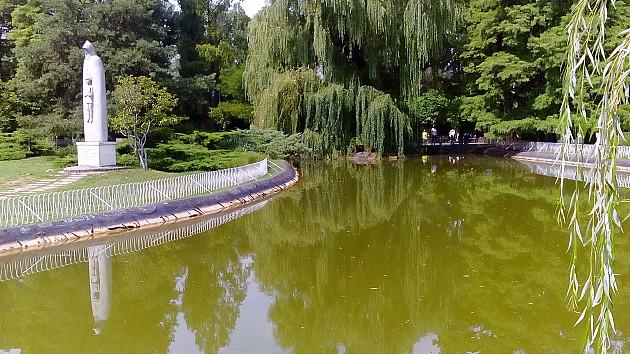 Počelo čišćenje jezera u Dunavskom parku