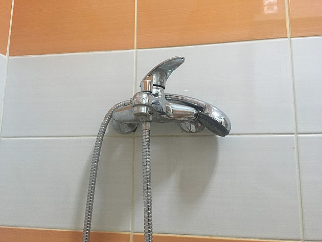 Veći deo Novog Sada u utorak bez tople vode