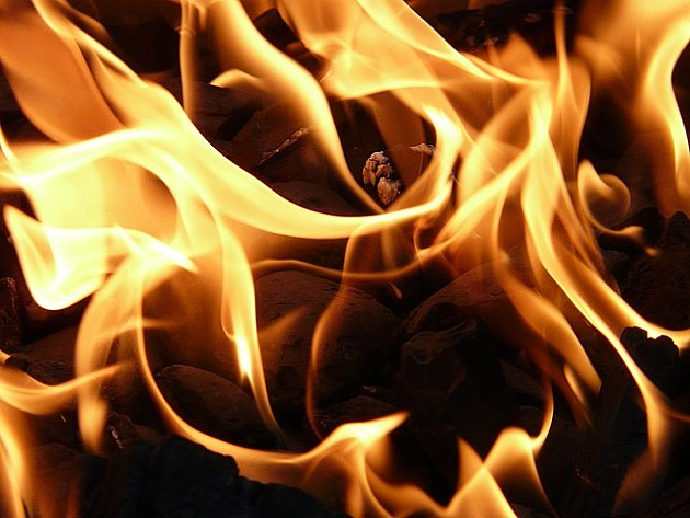 "Dve osobe stradale u požaru u fabrici ""Koteks Viscofan"" na Klisi"