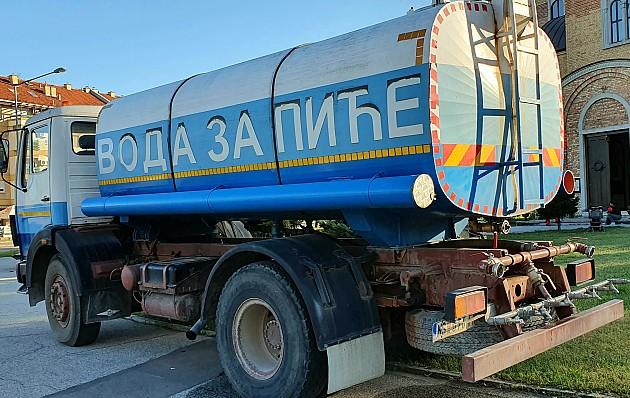 Vodovod najavio restrikcije u isporuci vode, ako se ne smanji njena potrošnja