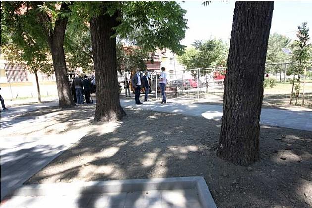 Završena obnova parkinga na Trgu Komenskog