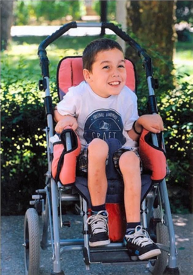 """Još jedan """"Humani ponedeljak"""" za kupovinu invalidskih kolica devetogodišnjem dečaku"""