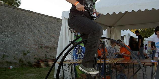 Novosađani će osetiti vožnju na prvom biciklu - velosipedu