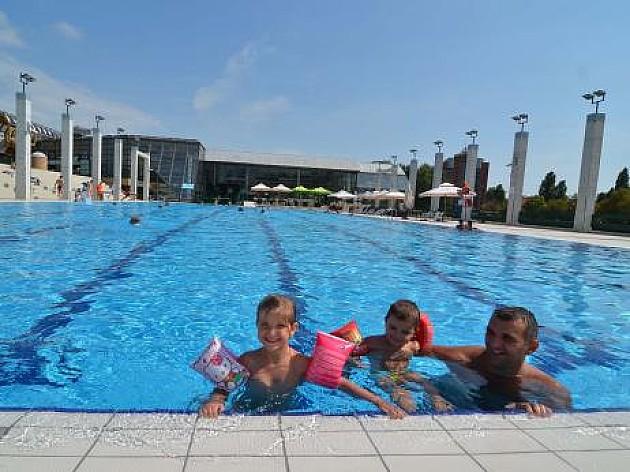 I dalje rade otvoreni bazeni kod Spensa