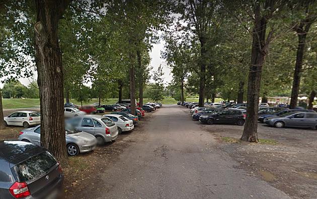 Obeležavanje parking mesta u Petrovaradinu, prestanak naplate kod Štranda