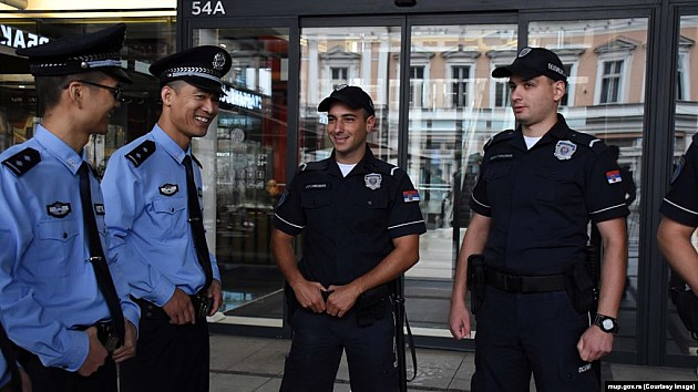 Srpsko-kineske policijske patrole i u centru Novog Sada