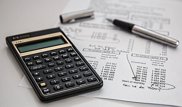 Redovi ispred Poreske uprave zbog opomena za porez na imovinu