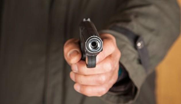 Otac tokom svađe pucao u sina