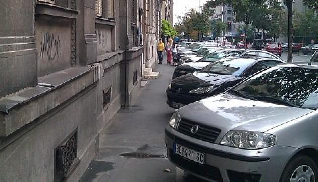 Senzorima do slobodnog parking mesta