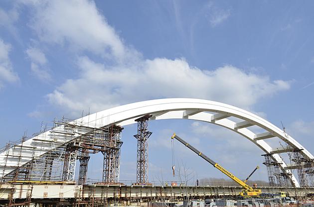 Gradnja Žeželjevog mosta ponovo stala