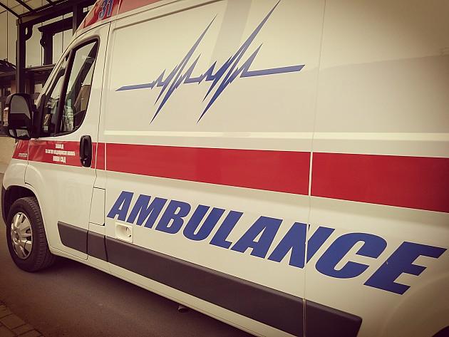 Šest mladića povređeno u sudaru