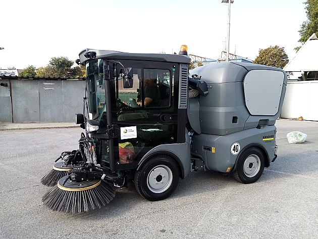 Tržnica nabavila novu mašinu za čišćenje