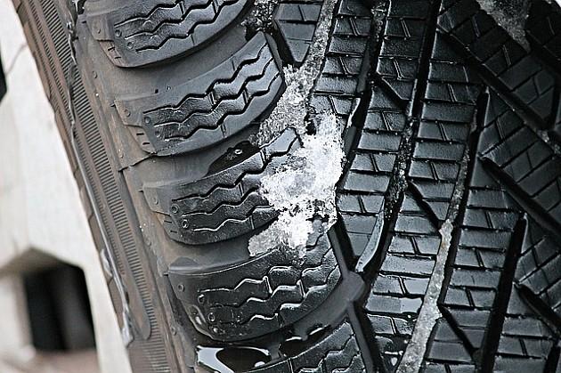 Od petka obavezna upotreba zimskih guma
