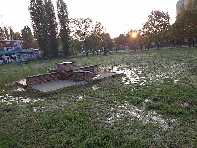 Vodovod: Priključak na igralištu za pse na Bistrici verovatno urađen na divlje