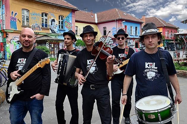 "Svirka benda KAL, tribina i izložba ""Poznati Romi sveta"""