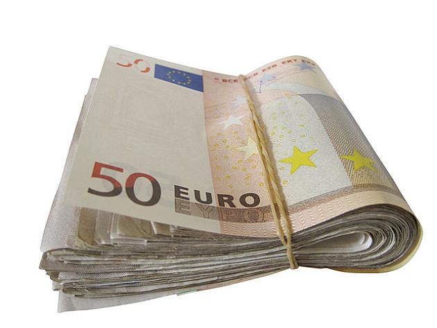 Radnik GSP-a pronašao 11.000 evra i vratio vlasniku