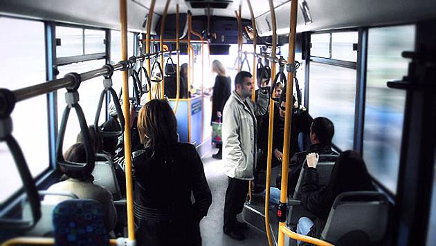 Pojačani polasci autobusa ka grobljima
